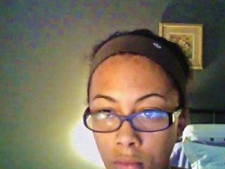 Ebony Reveals Her Body To The Webcam Porn Videos